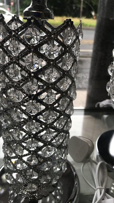Thin metallic frame crystallic table lamp with incorporated LED [HGC01 | HSC01]