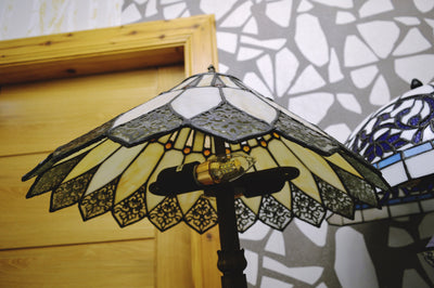 Handmade Tiffany Glass Floor Lamp (4)