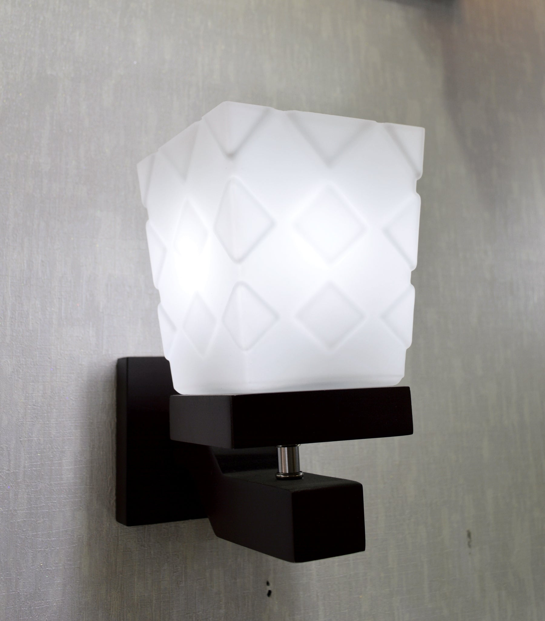 Wooden Wall Mounted Lighting (3)