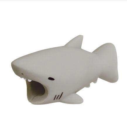 Dropshipping 1pcs Cable Protector Dog Cat Animal For Iphone Shark Bite Mobile Phone Connector Accessory Organizer Doll