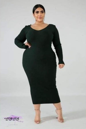 'Curvy In Da Fall' Plus Size Ribbed V Neck Maxi Dress green dress / XL / United States