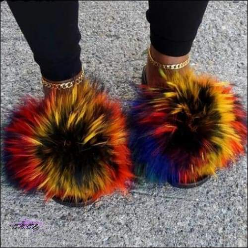'Extra Fluffy & Colorful Faux Fur Slippers