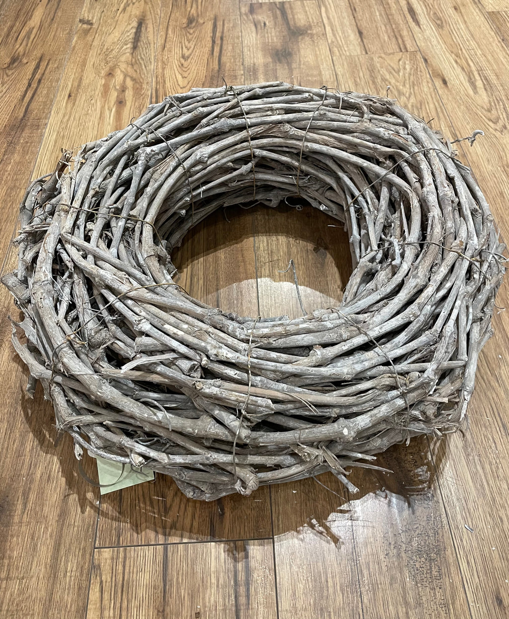 Thick Grapewood Wreath