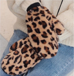 Fuzzy Wuzzy Gloves