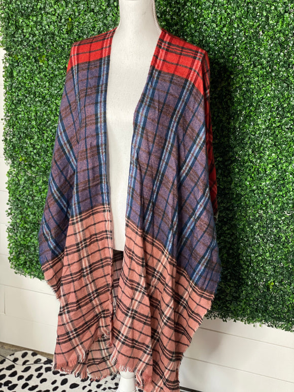 *DO EVERYTHING IN LOVE Plaid Poncho- OS*