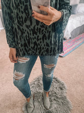 Hunting (For Compliments) Top