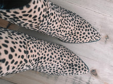 Can't Beat a Cheetah Booties