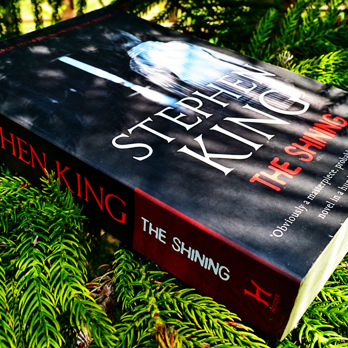 Book Review : The Shining