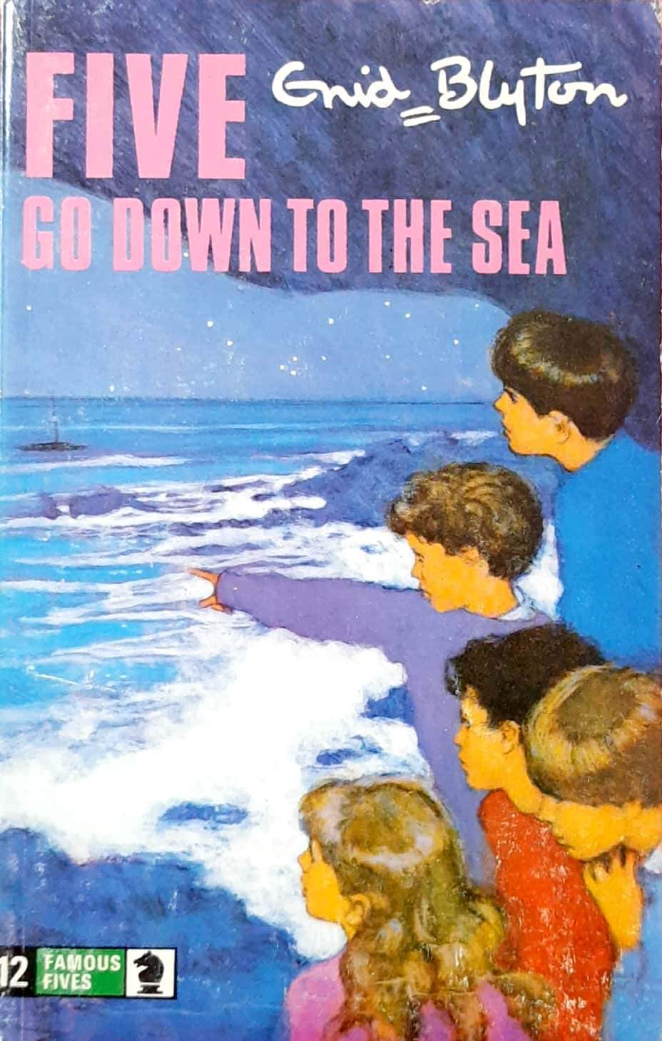 Five Go Down to the Sea (The Famous Five #12)