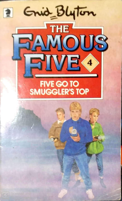 Five Go to Smuggler's Top (The Famous Five #4)