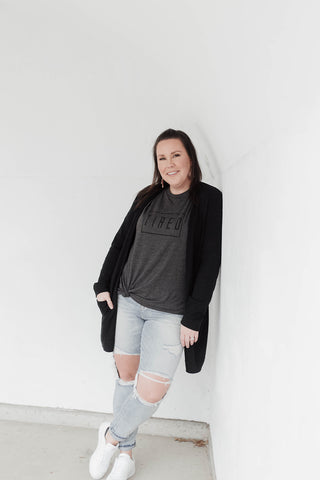 TIRED BOYFRIEND TEE - DARK GREY