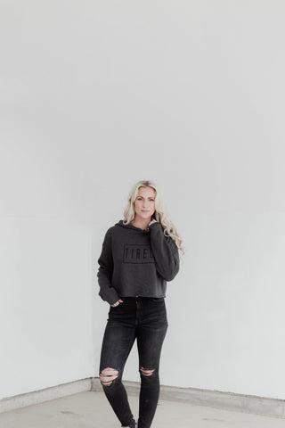TIRED CROPPED HOODIE- DARK GREY