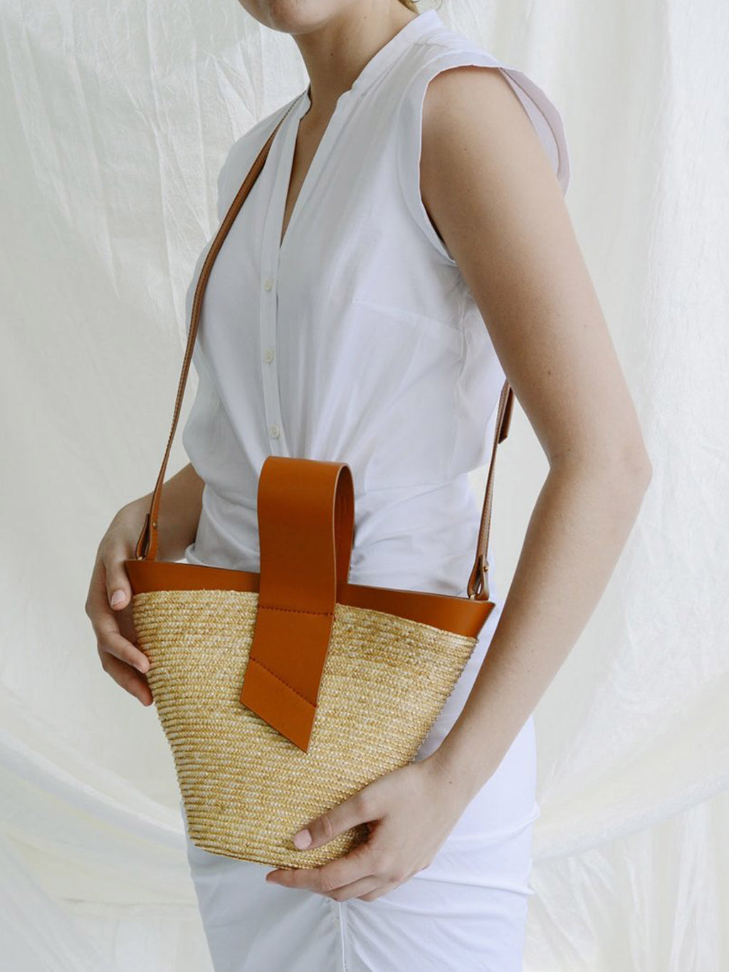 Amphora Straw and Leather Bag