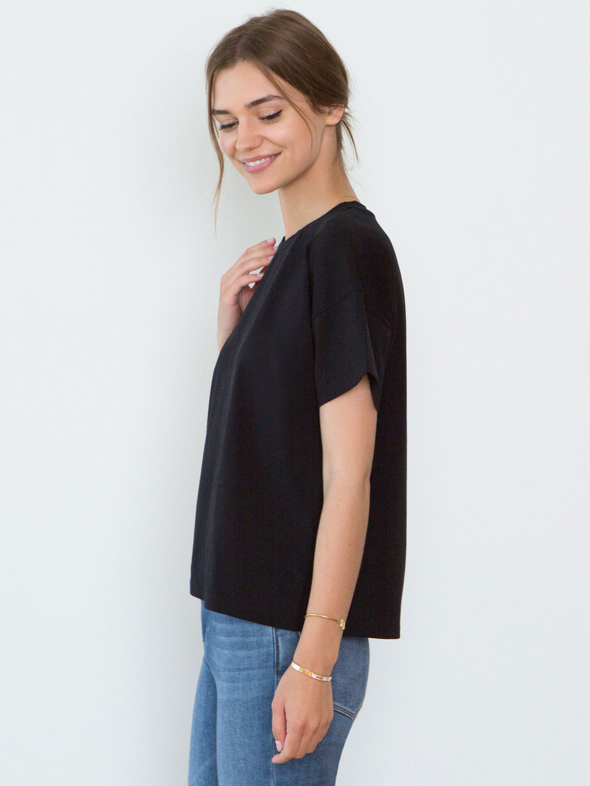 Bevin Organic Cotton Boyfriend T-Shirt | Black Bevin Organic Cotton Boyfriend T-Shirt | Black