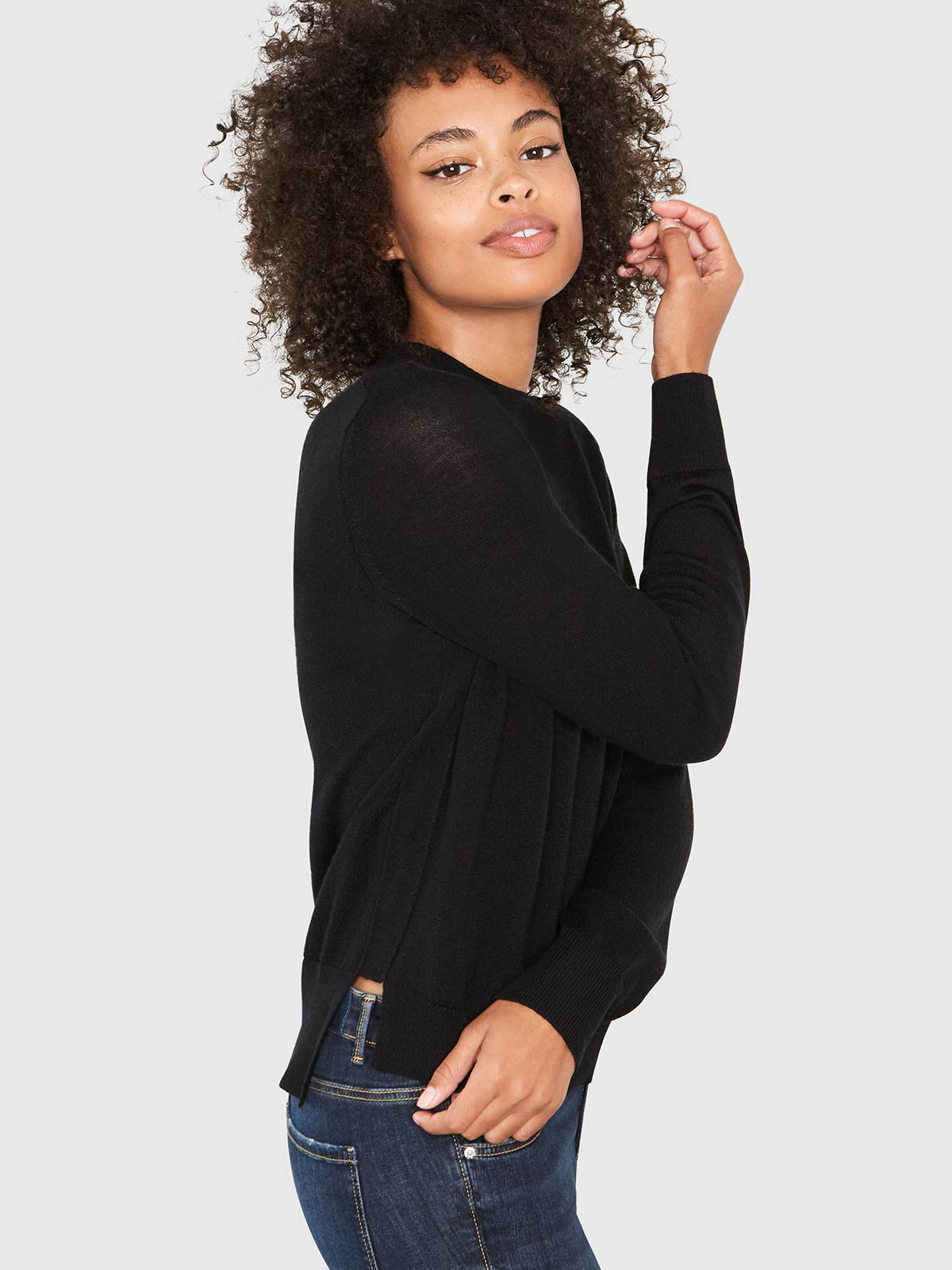 Ellen Notched Neckband Sweater | Black Ellen Notched Neckband Sweater | Black