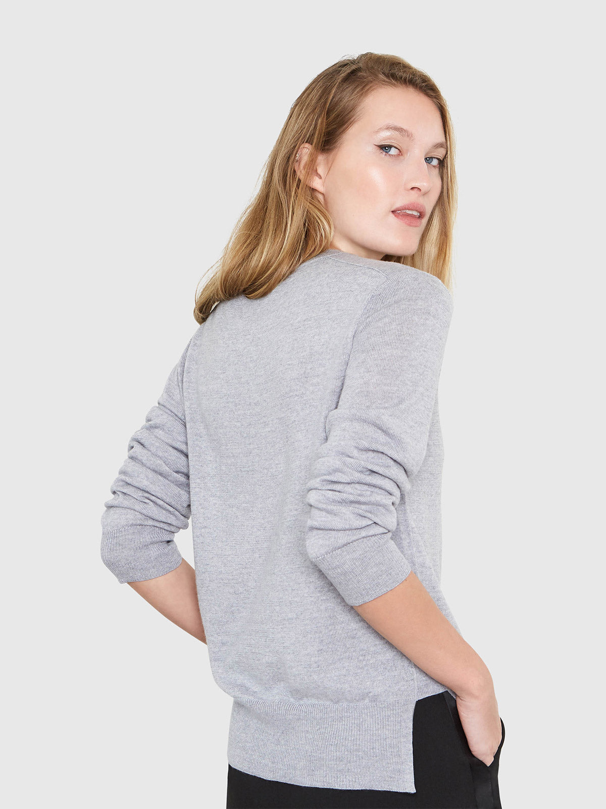 Ellen Notched Neckband Sweater | Heather Grey