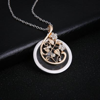 Magnifying Glass Necklace Exquisite Flower Vine Leaves Pendant