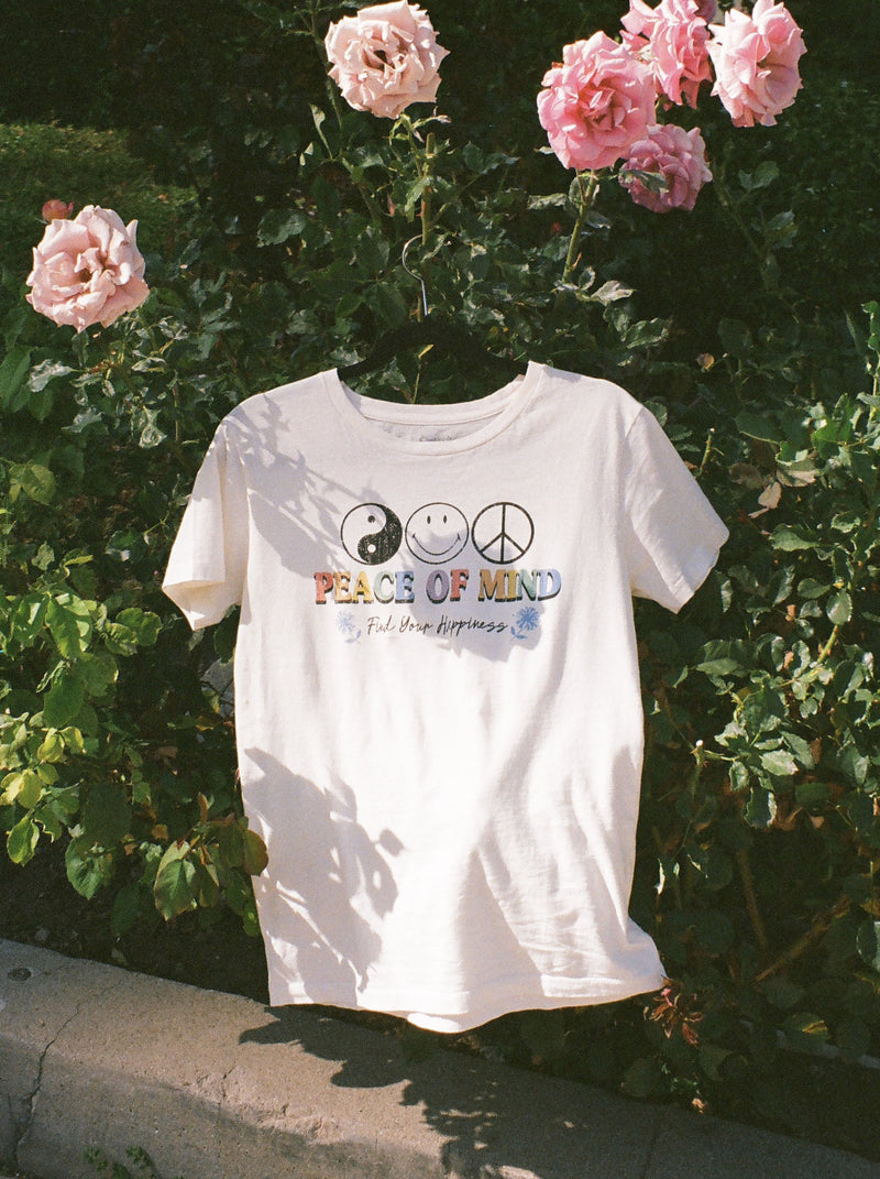 Desert Dreamer - Peace of Mind Smiley Boyfriend Tee
