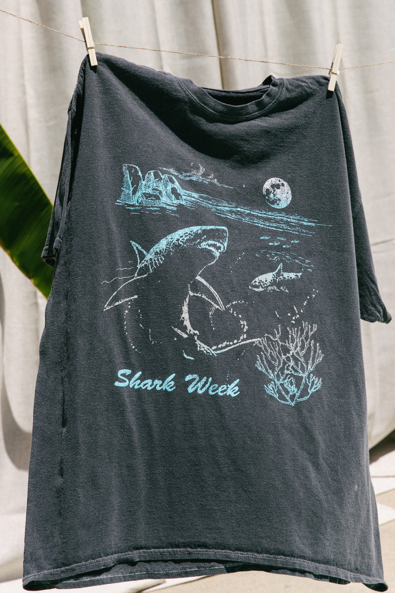 Desert Dreamer - Shark Week Retro Dad Tee