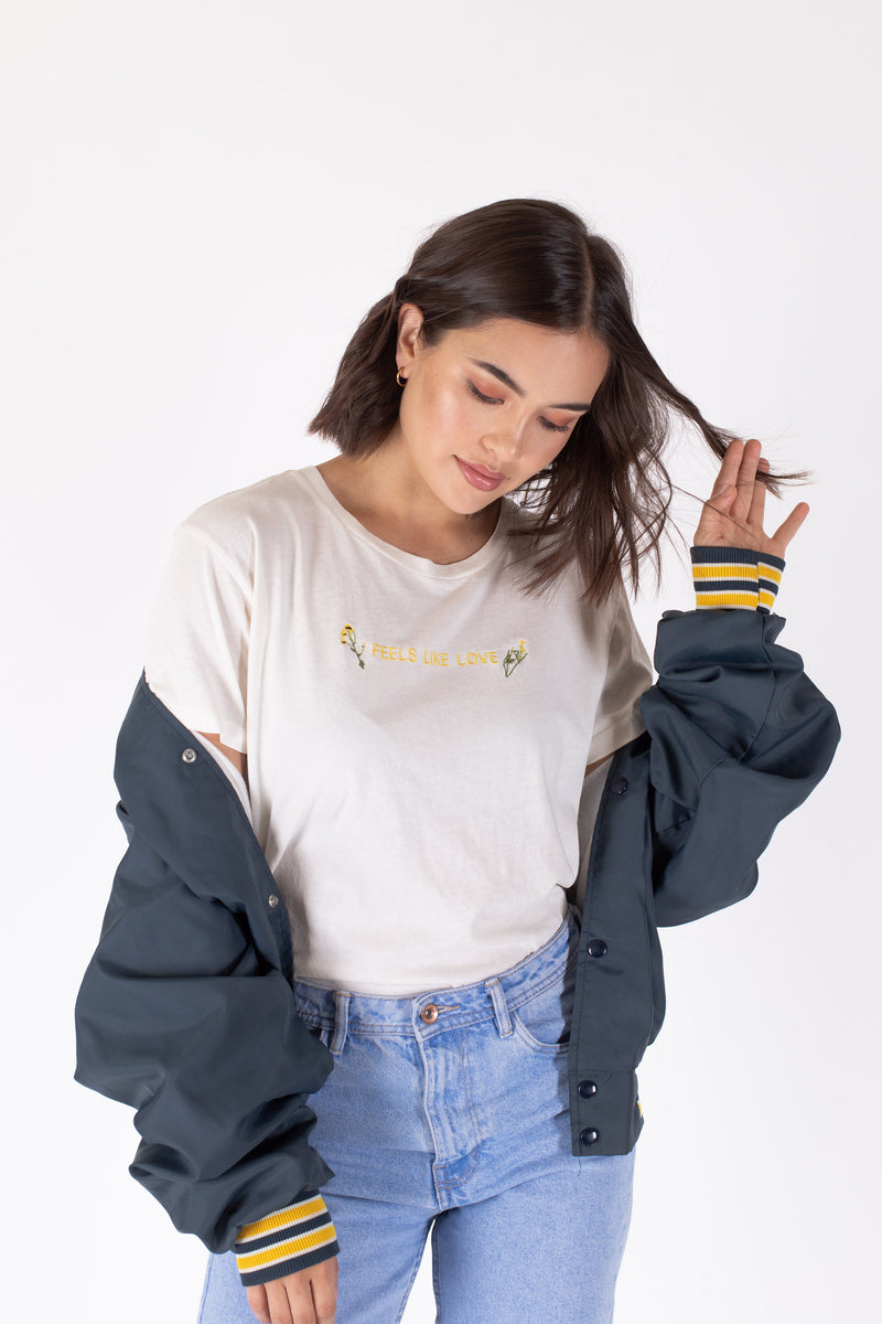 Desert Dreamer - Feels Like Love Boyfriend Tee