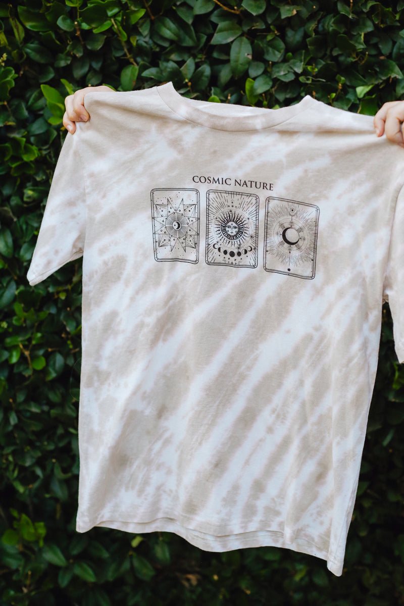Desert Dreamer - Cosmic Nature Vintage Fit Tee
