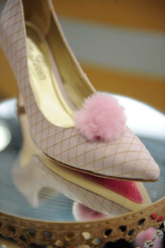Rabbit Fur Pom Pair - Light Pink