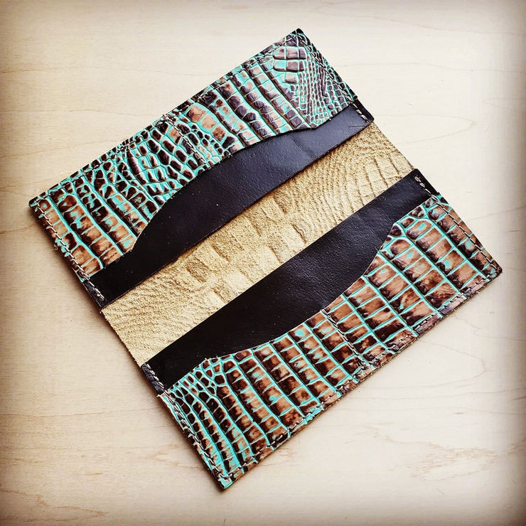 Embossed Leather Wallet/Teal Gator