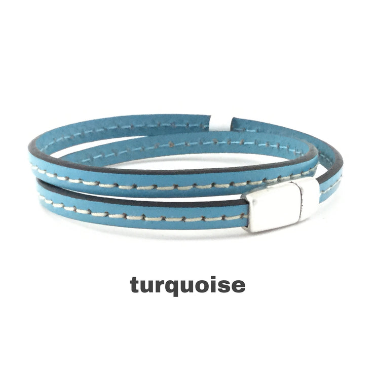 Taylor/Flat Stitched Leather Magnetic Clasp DBL Wrap Bracelet