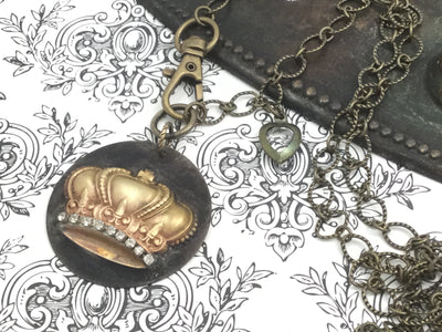 Odie/Soldered Crown Pendant Brass Necklace