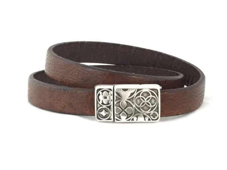 Vance/Flat Leather Magnetic Clasp DBL Wrap Bracelet