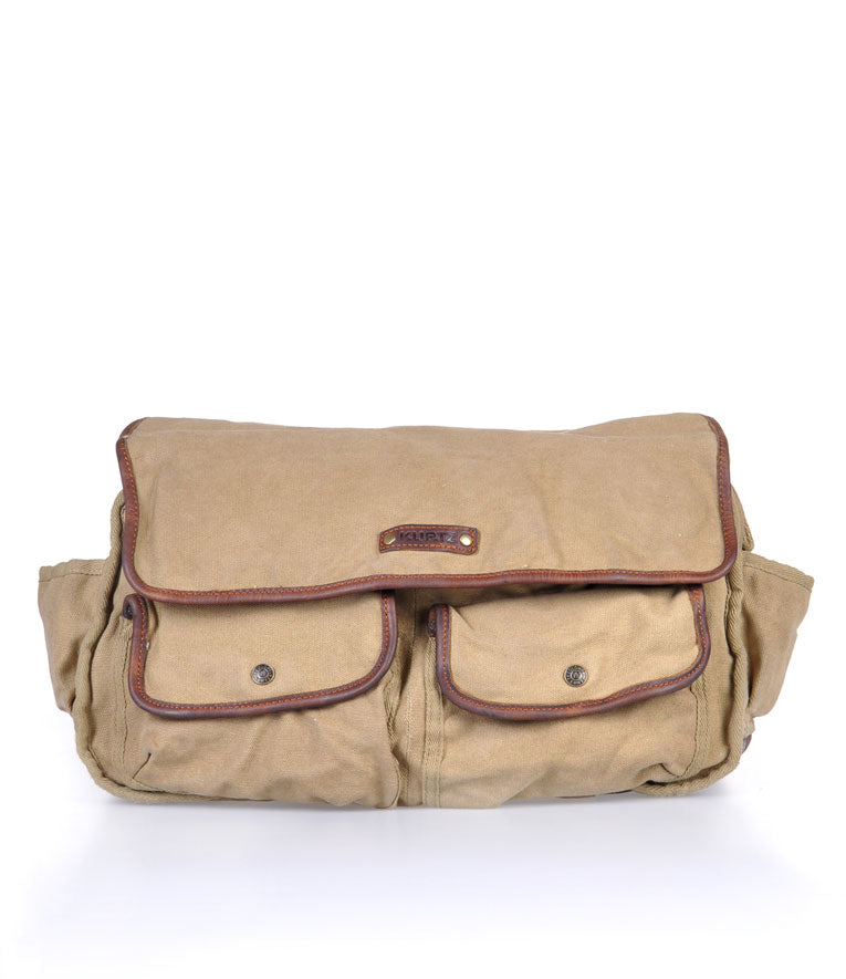 Akurtz Locust Messenger Bag