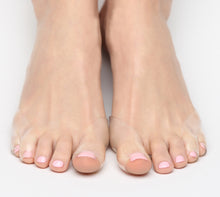 foot pads are thin and transparent, prevent toe blisters in heels and flat shoes