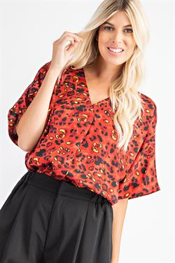 G062058 TOP RED