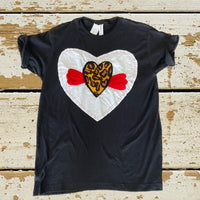 B06LHPCH TOP with LEOPARD HEART PATCH