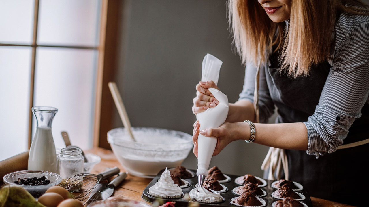 How to Save Money on a Wedding - Make your own Dessert | Balsa Circle Blog