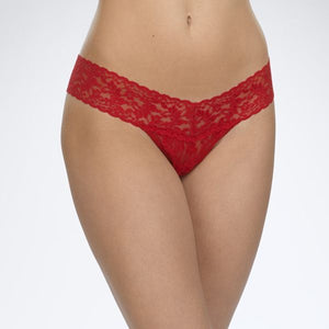 Hanky Panky Signature Lace Low Rise Thong Panties