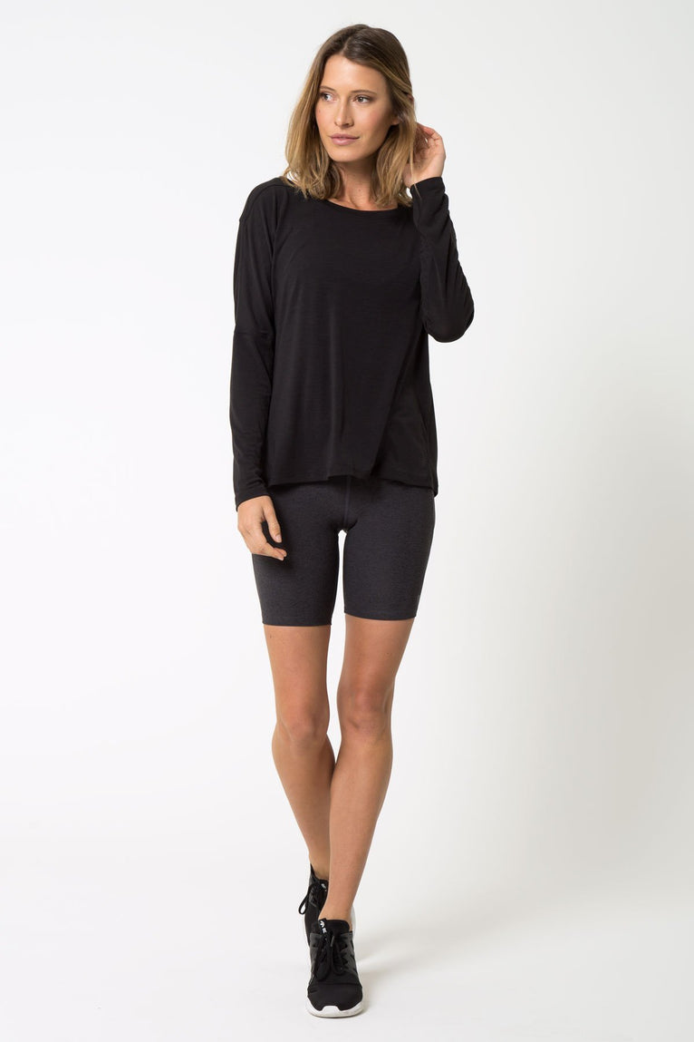 Chia 2.0 Warrior Knit Stink-Free Drape Top