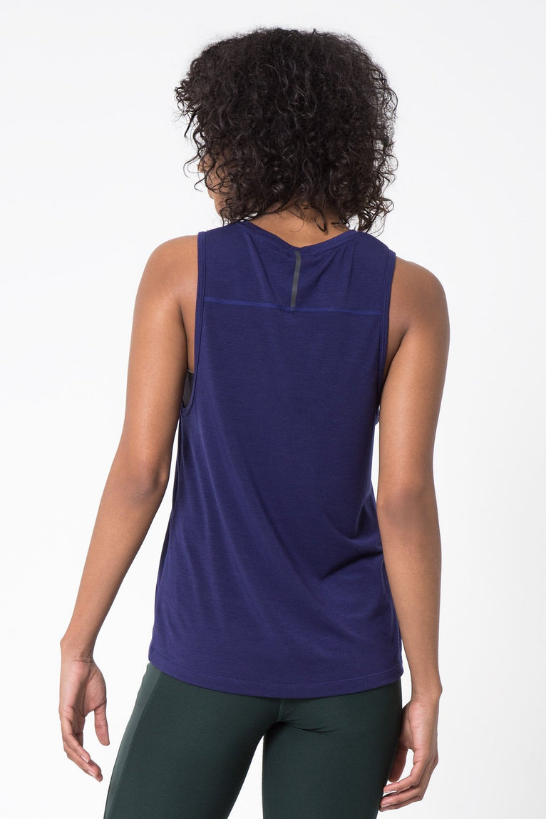 Newbie 2.0 Warrior Knit Signature Tank