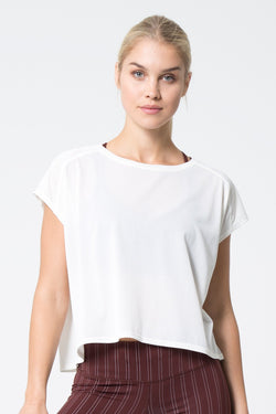 MPG Sport's clearance warehouse women's Aura 2.0 Oversized Studio Top in Coconut White