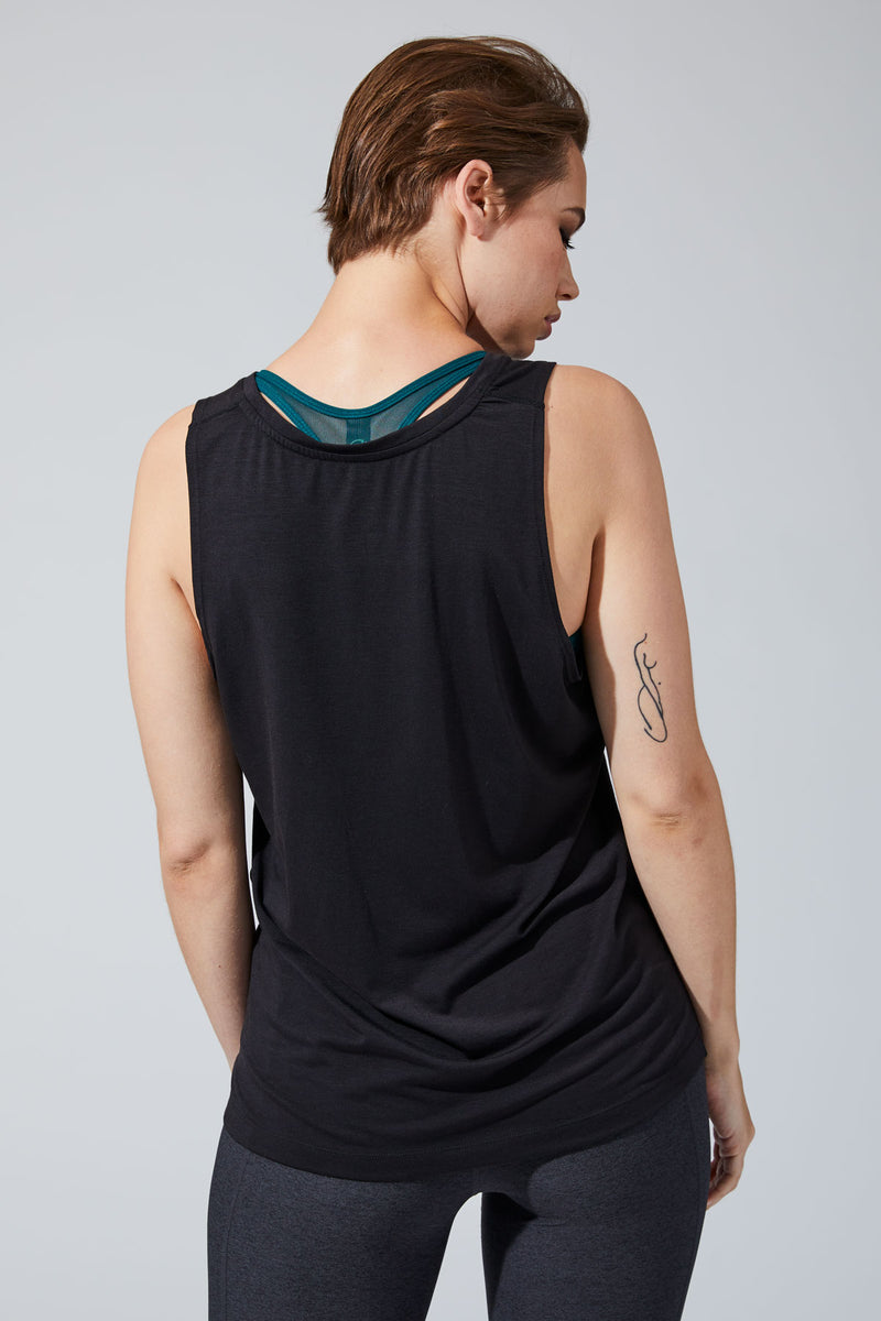 Newbie 3.0 Warrior Knit Signature Tank