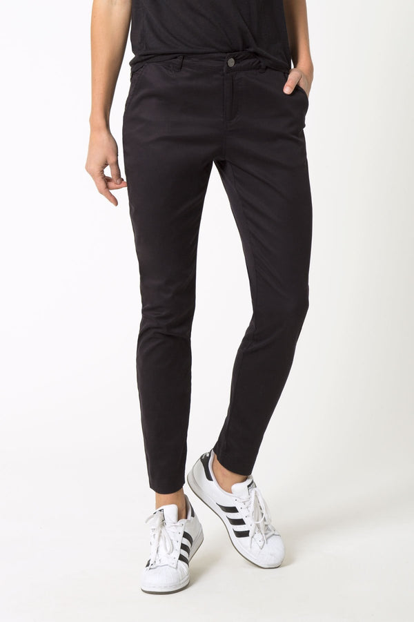 MPG Sport's clearance warehouse women's athleisure for work skinny black pants in Black