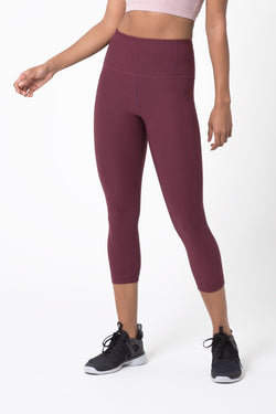 Dare High Waisted Signature Capri