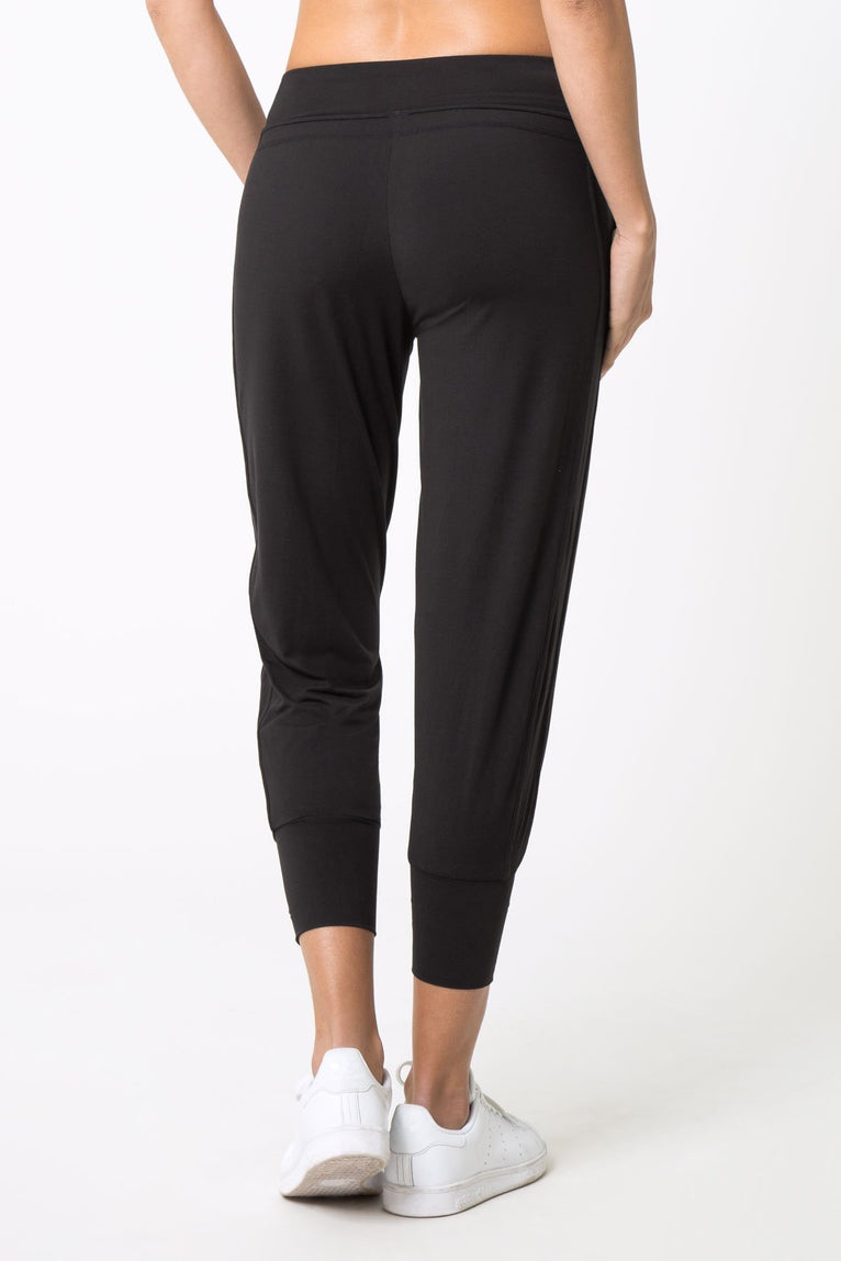 Caress Cropped Jogger
