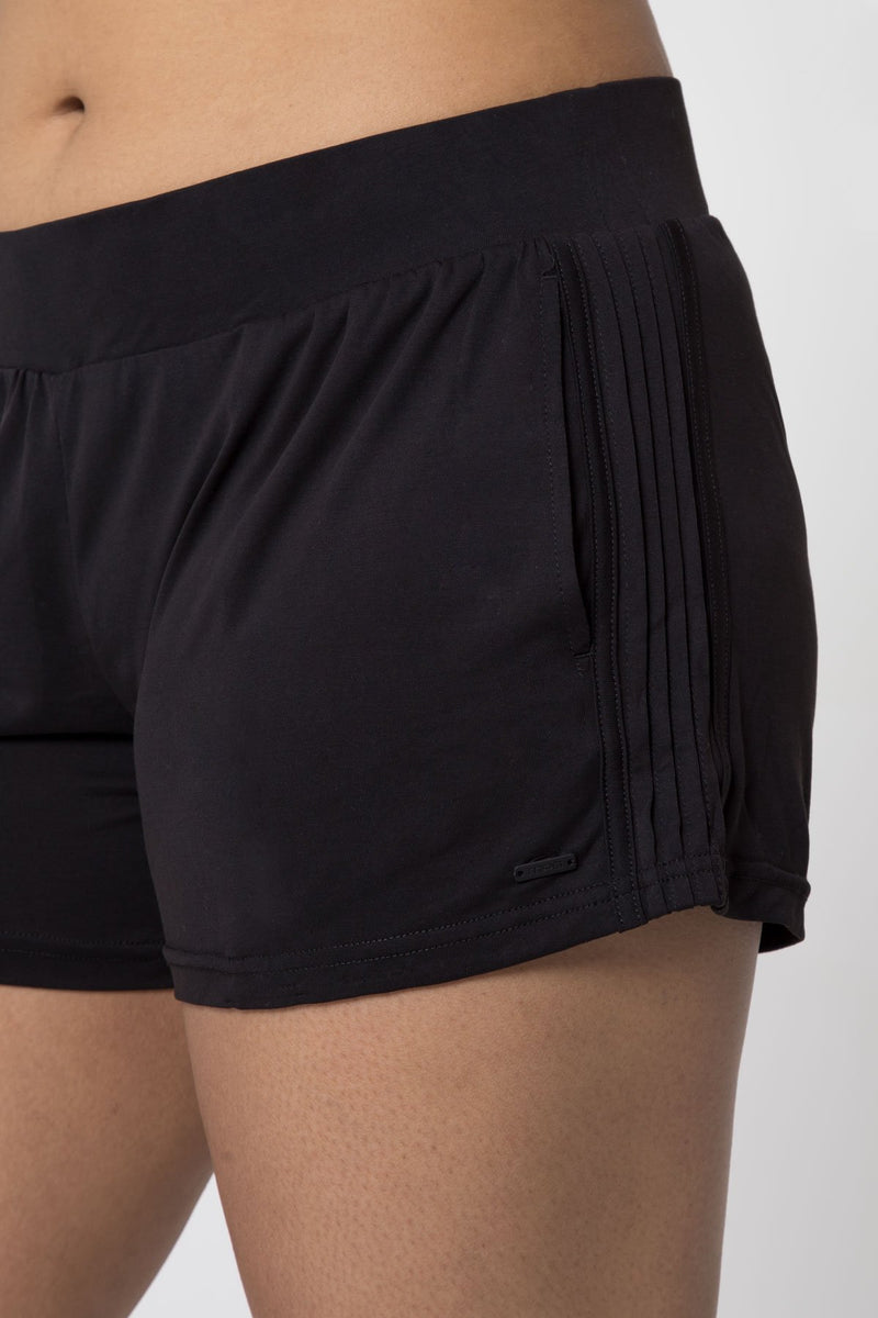"Enchant 3.75"" Luxe Modal Side Pleat Short"