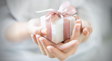 6 Holiday Gifts Your Girlfriend or Wife Won't Return for Store Credit