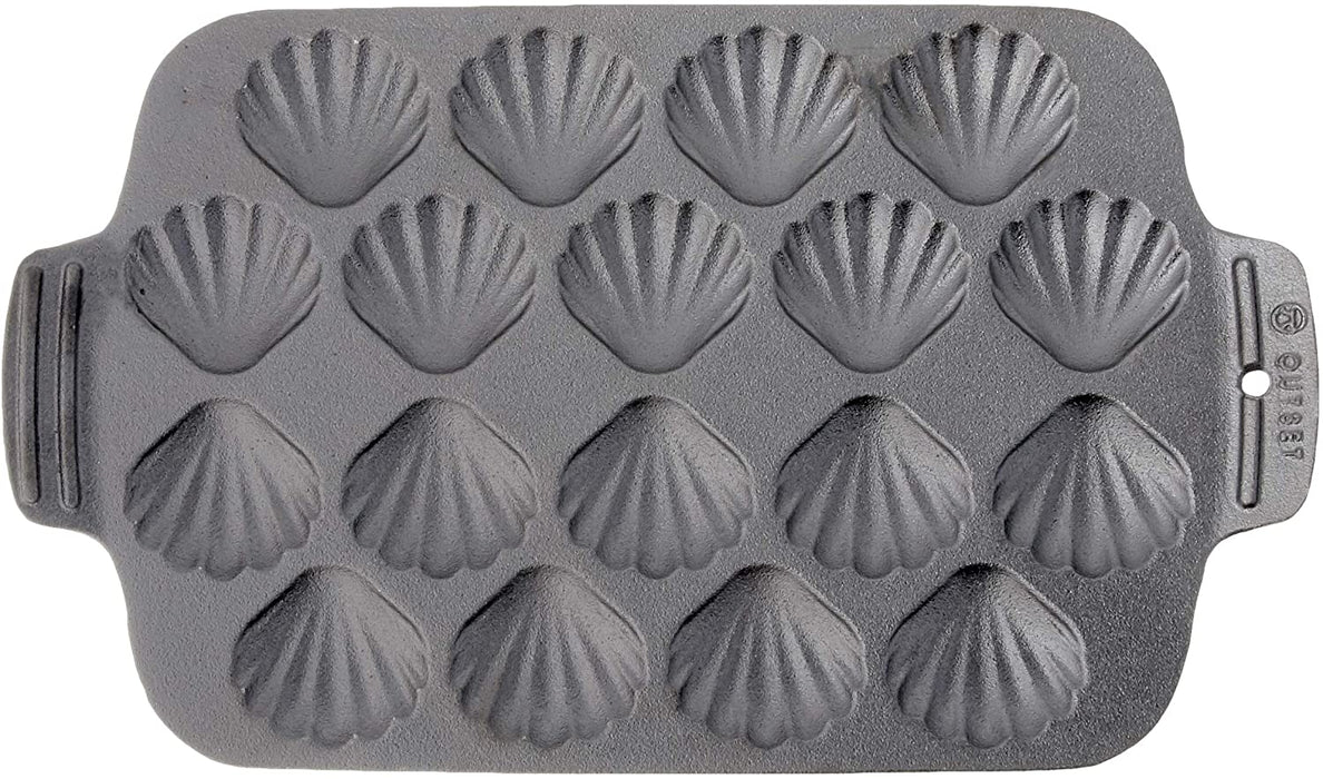 Outset Cast Iron Scallop Pan