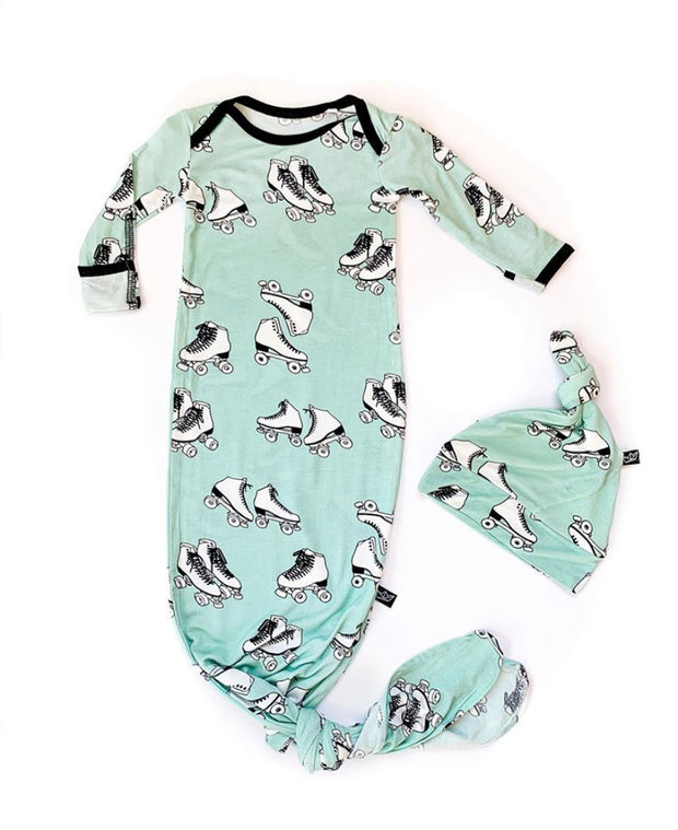 Roller Skates Bamboo Knotted Newborn Gown + Hat Set 1