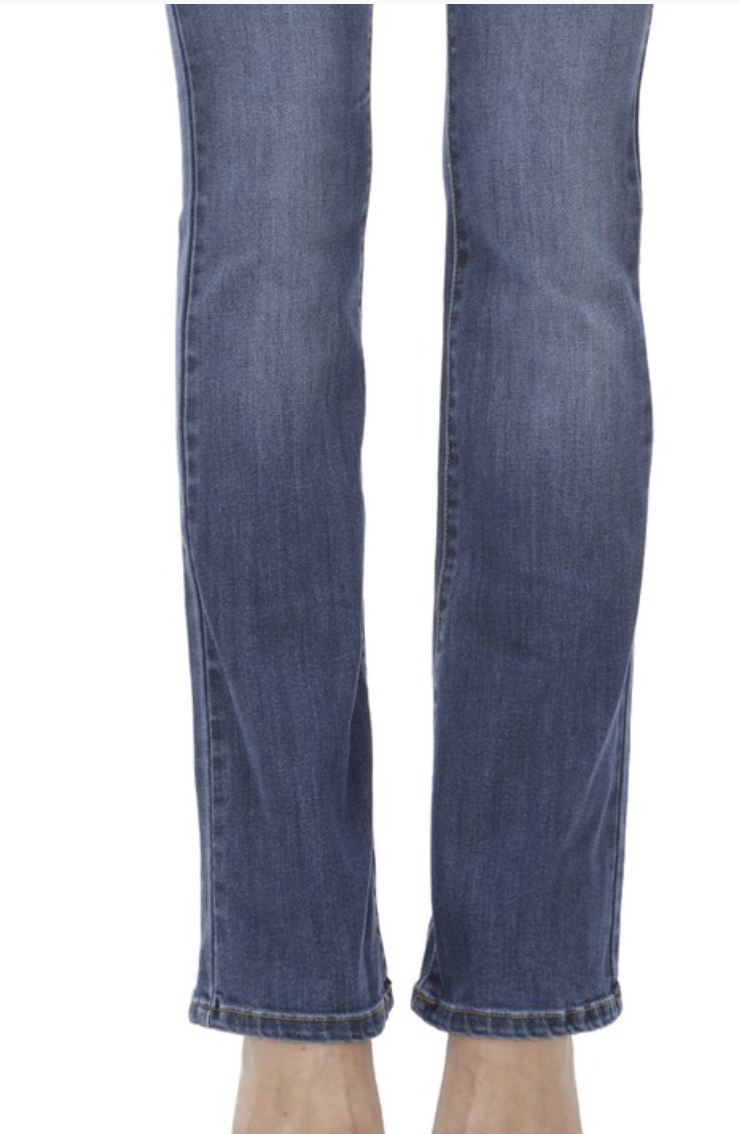 Mora Medium Washed Denim Jean