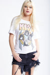 330 Kiss World Wide Tee