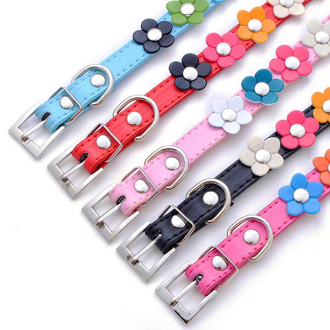 Super Deal Dog Collar Sweet Flower Studded Puppy Pet Collar Leather Buckle Neck Strap Collars XT-Pristine Pups